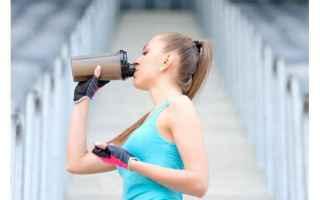 Alimentazione: pasto sostitutivo  shake proteici