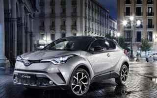 Automobili: auto  ibrido  toyota  crossover