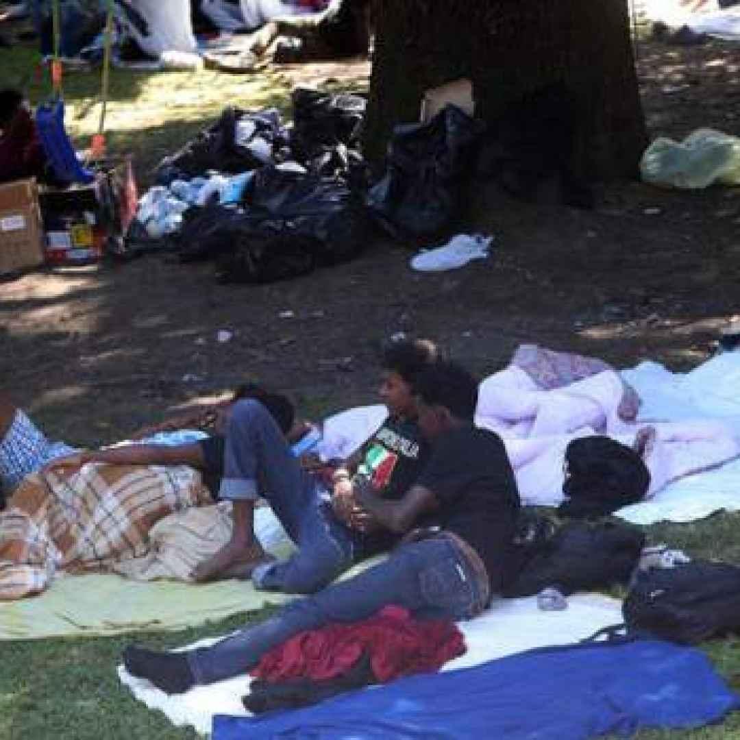 immigrazione  case popolari  aiuti