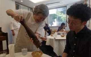 Gastronomia: tokyo  giappone  demenza  ristorante