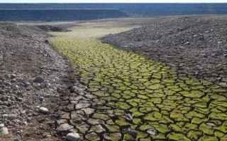 A tali fattori naturali secondo la teoria del Global warming si aggiunge linfluenza delluomo che att