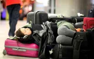 Viaggi: volo  ritardo  danno  non patrimoniale