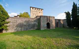 Bologna: castello  bobbio  emilia  viaggi  borgo