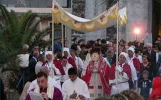 Religione: corpus domini  eucaristia  liegi