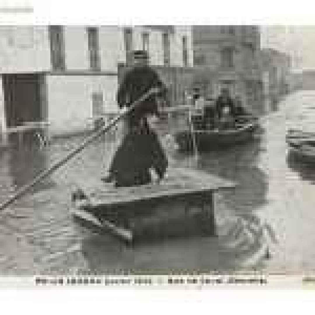 album fotografici  1910  parigi  senna