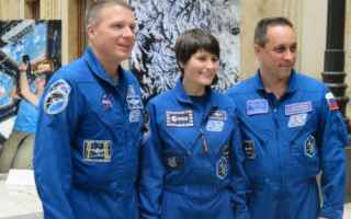 Astronomia: spazio  astronautica  cristoforetti