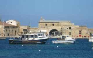 Palermo: viaggi  borgo  sicilia  siracusa