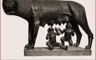 Storia: arte  bronzo  capitolina  lupa  miti