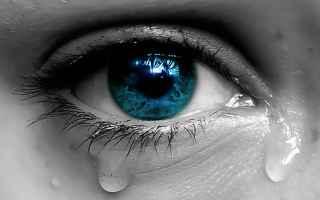 piangere  emozioni  forza