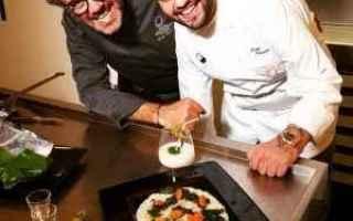A 18 anni il suo sogno di diventare uno chef famoso è stato interrotto dalla Sla. Ora Paolo Palumbo