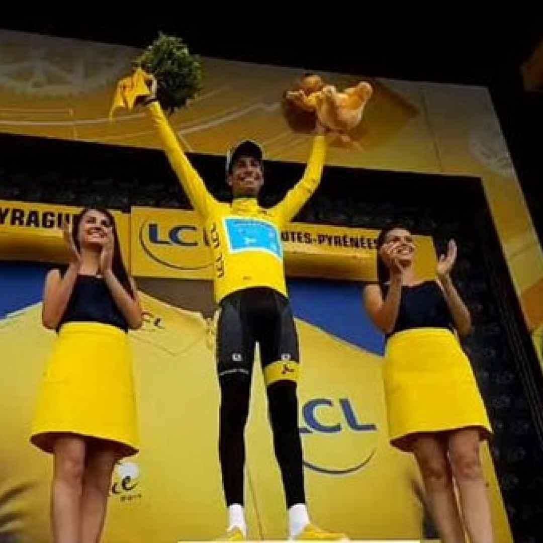 aru  ciclismo  tour  francia  sport  top