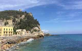Viaggi: vacanze  viaggi  italia  borghi  mare