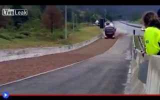 camion  guida  emergenza  incidente