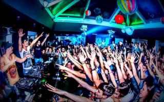 Cagliari: movida  estate  sardegna  disco  giovani