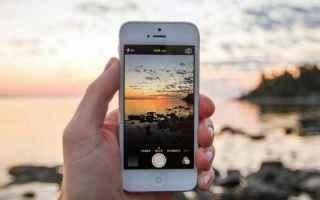 Viaggi: smartphone  viaggi  roaming  cellulare
