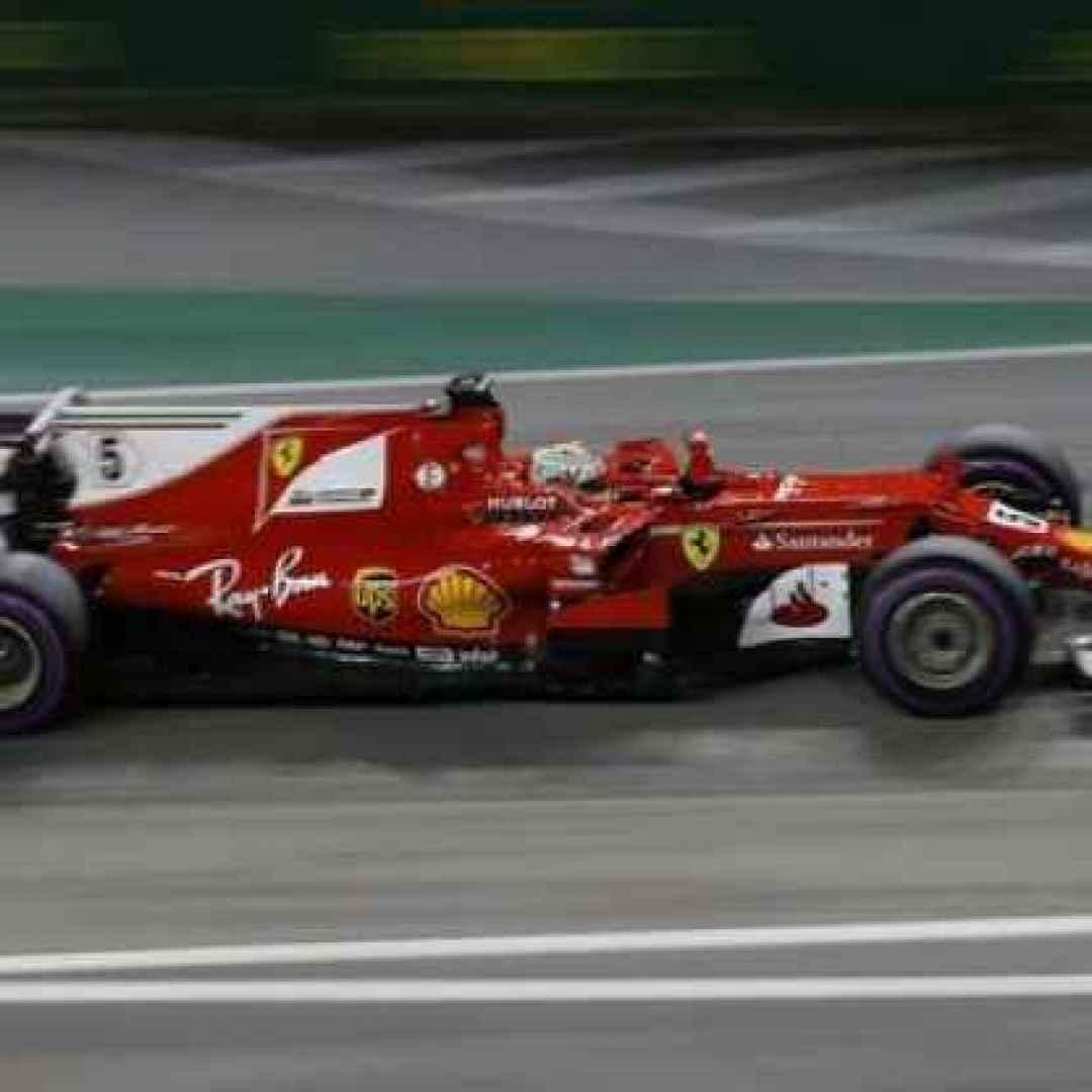 """""""Suicidio"""" Ferrari in partenza: Vettel e` FUORI!"""