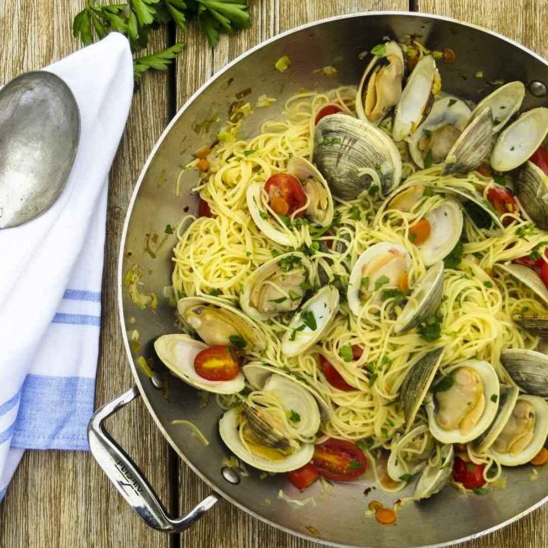 La ricetta del giorno: spaghetti alle vongole veraci con peperoncino