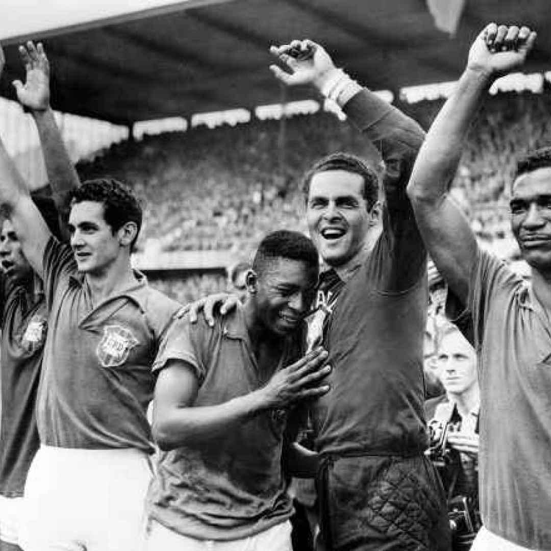 Pelé e chi se non lui! Il gol più giovane in un Mondiale a soli 17 anni
