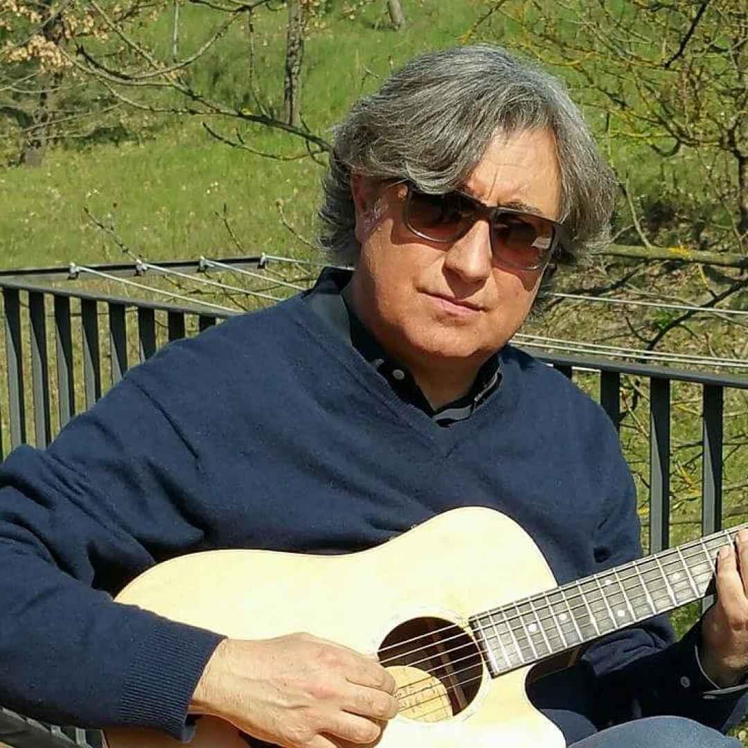 """Marcello Romeo """"rispolvera"""" via Zamboni 33"""