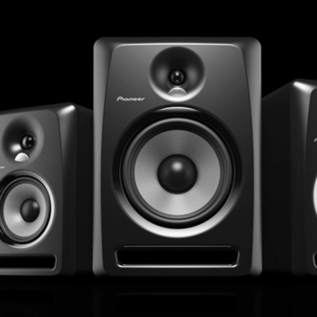 Cosa indicano la potenza nominale, di picco e musicale?