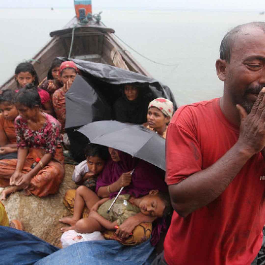 Quando a perseguitare sono i pacifici buddisti: la strage dei rohingya in Birmania e il silenzio di San Suu Kyi