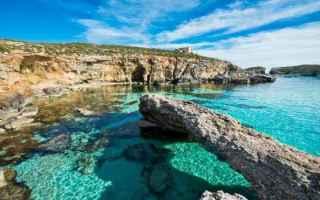 Viaggi: mare  spiaggia  caldo  sole  ottobre