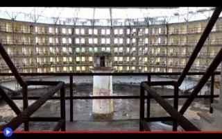 Architettura: prigioni  società  filosofia  storia