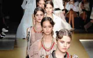 les copains  moda  primavera estate 2018