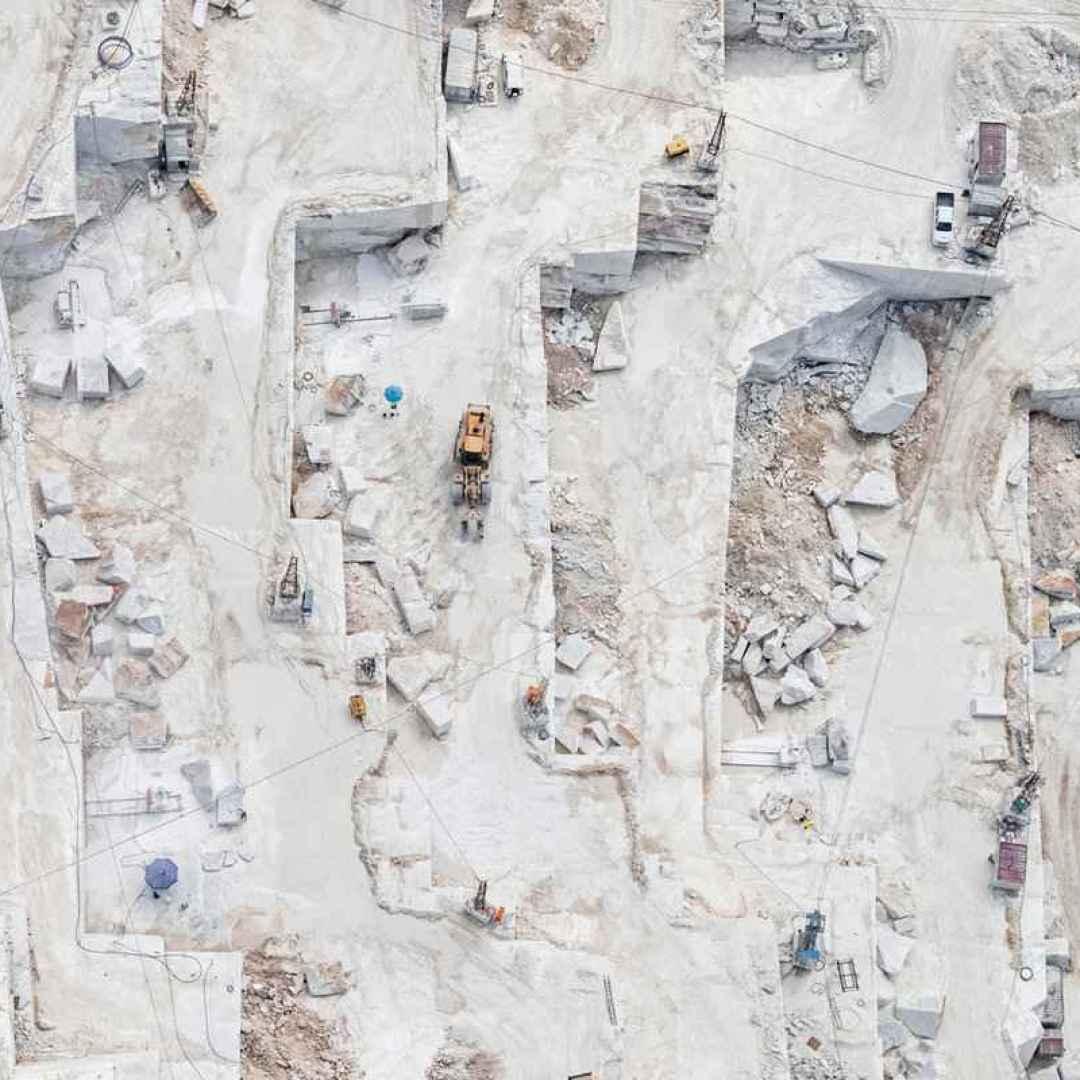 fotografia  fotografia aerea  carrara  cave di carrara  marmo di carrara