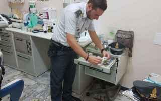 Napoli: napoli  falso dentista  studio dentistico  abusivo