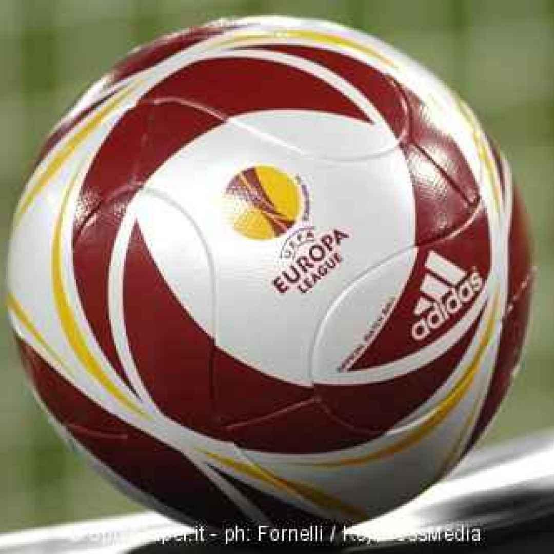 milan  aek atene  europa league