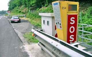 Automobili: velocità  eccesso  limite  superamento
