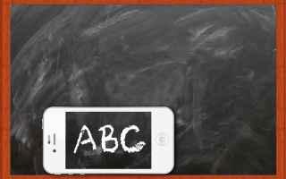 Scuola: scuola  smartphone  valeria fedeli
