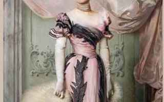 Moda: mostre  moda  arte  divina creatura  donna