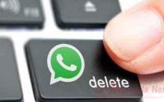 Già da un po' il noto servizio di messaggistica è fuori uso. Su Twitter l'hashtag #whatsappdow
