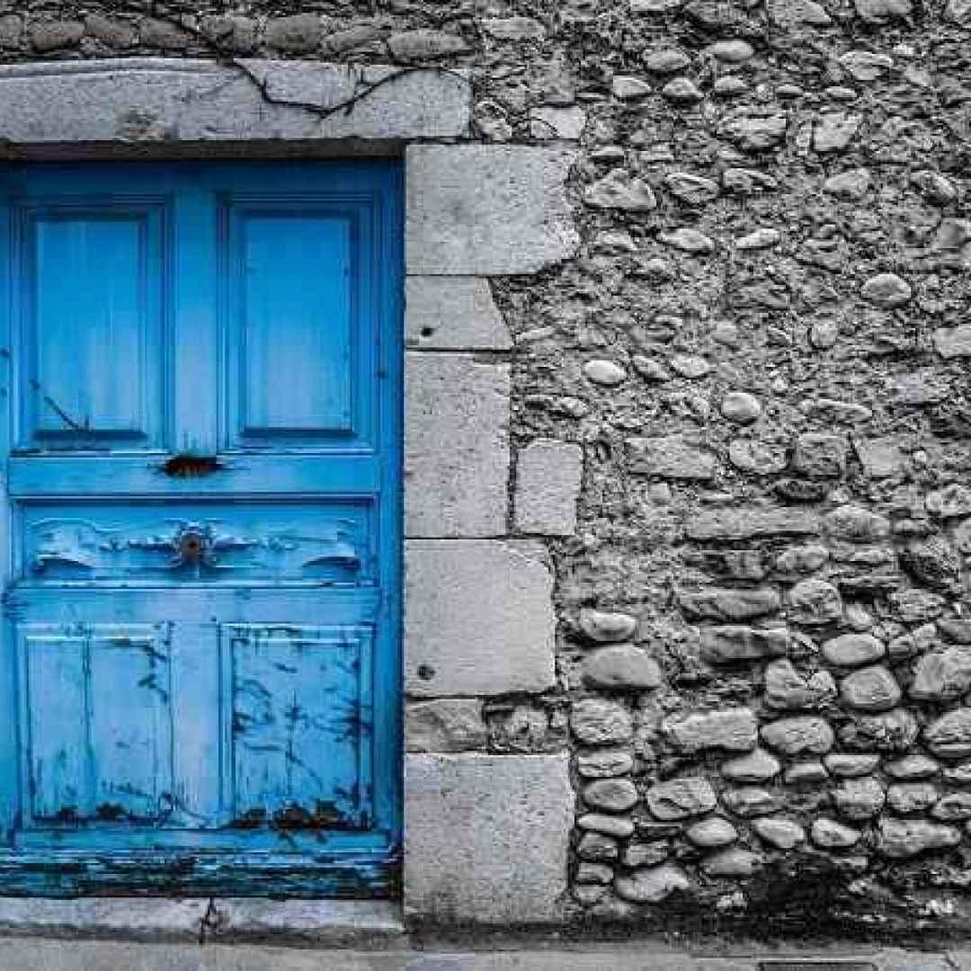 Cosa significa sognare una porta che si apre o si chiude - Finestra che si apre ...