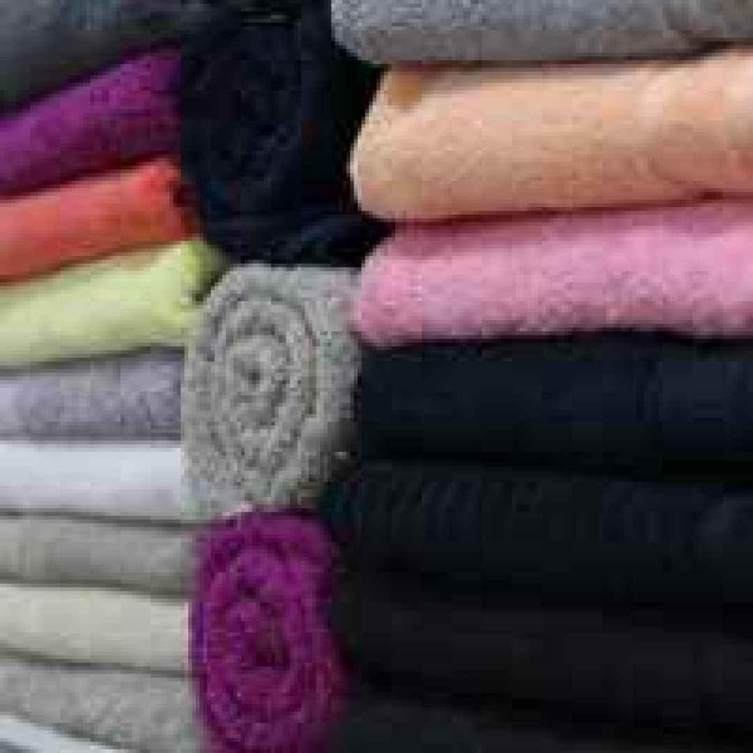 Come far asciugare i panni quando piove risparmio - Odore di fogna in bagno quando piove ...