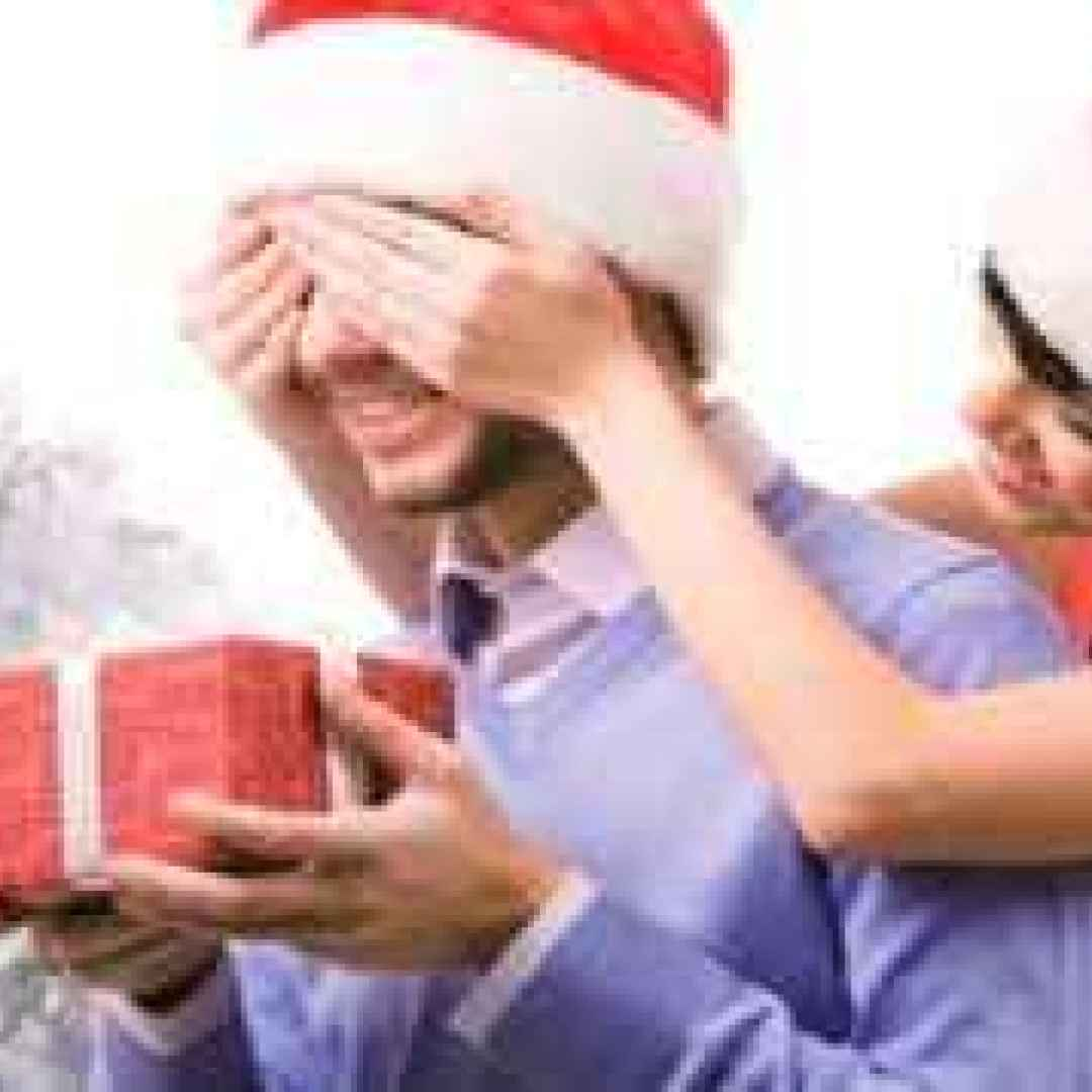 I Regali Di Natale Per Lui Per Lei E Per I Bambini Cosa Regalare