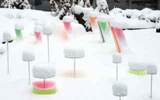 Arte: arte  installazione  colore  neve