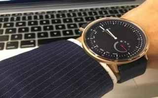 Gadget: smartwatch  orologi ibridi