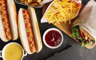 Alimentazione: fast food  immunitario  ricerca  medicin