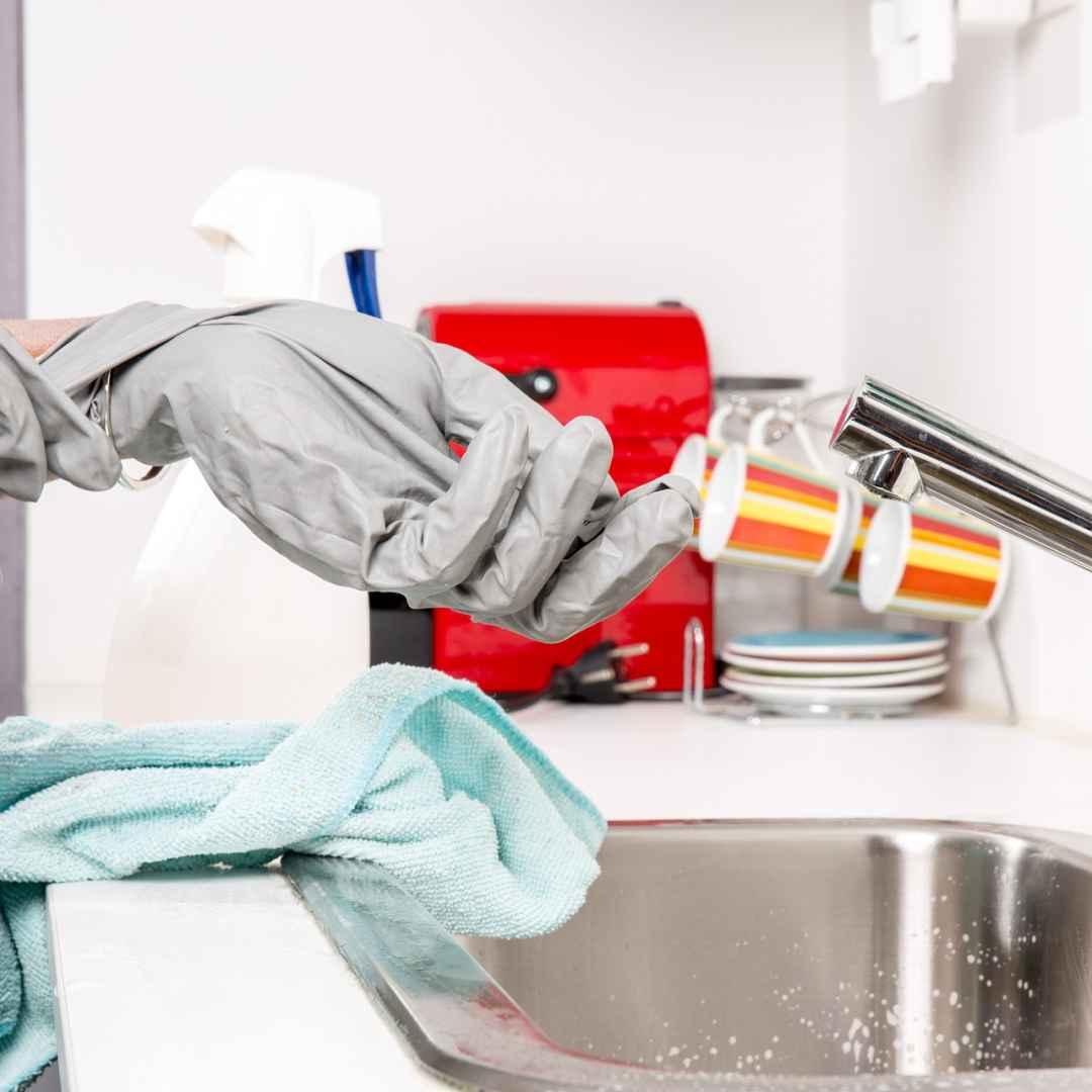 Consigli astuzie e idee per pulire la casa velocemente - Come pulire casa ...