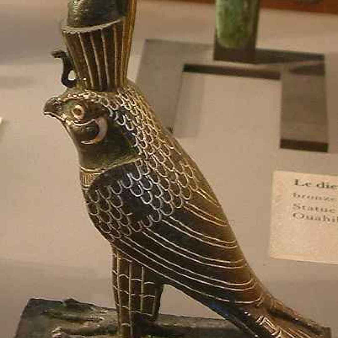 egitto  falco  horus  iside  mitologia