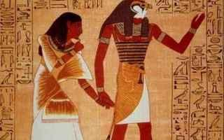 Cultura: hathor  horus  iside  nefti  nilo