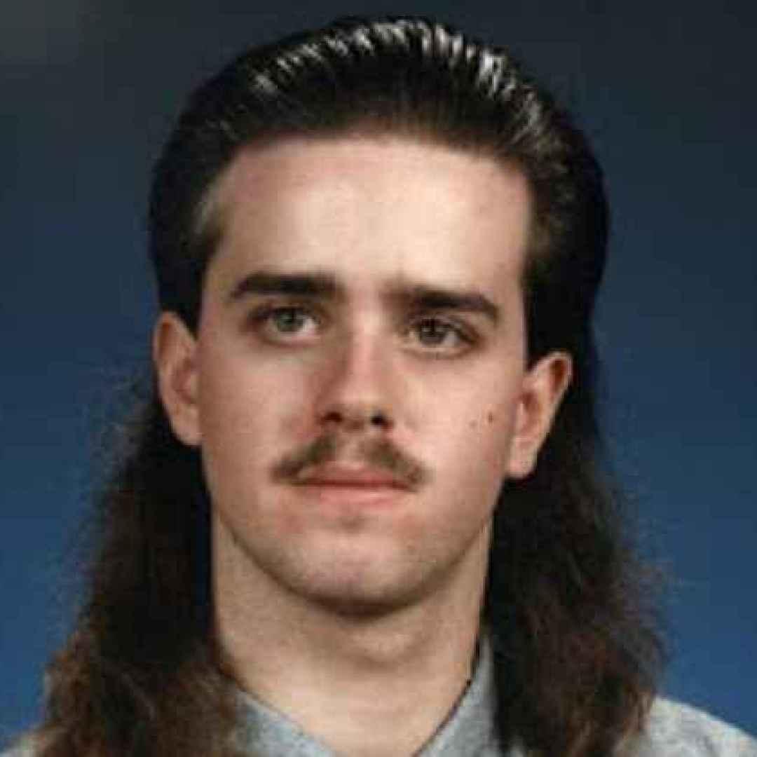 anni 80  acconciature  capelli  moda
