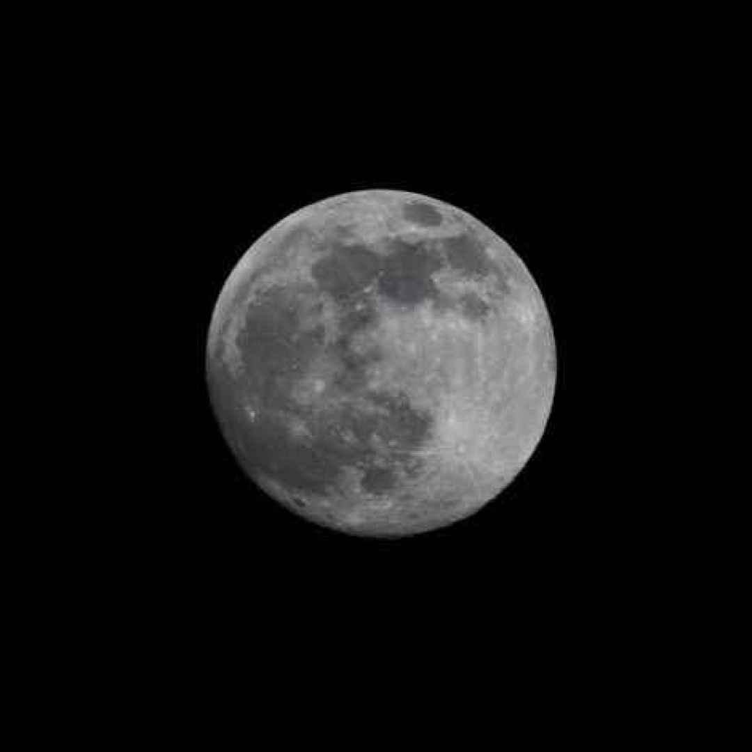 acqua  ase  luna  lunar-resurs  spazio