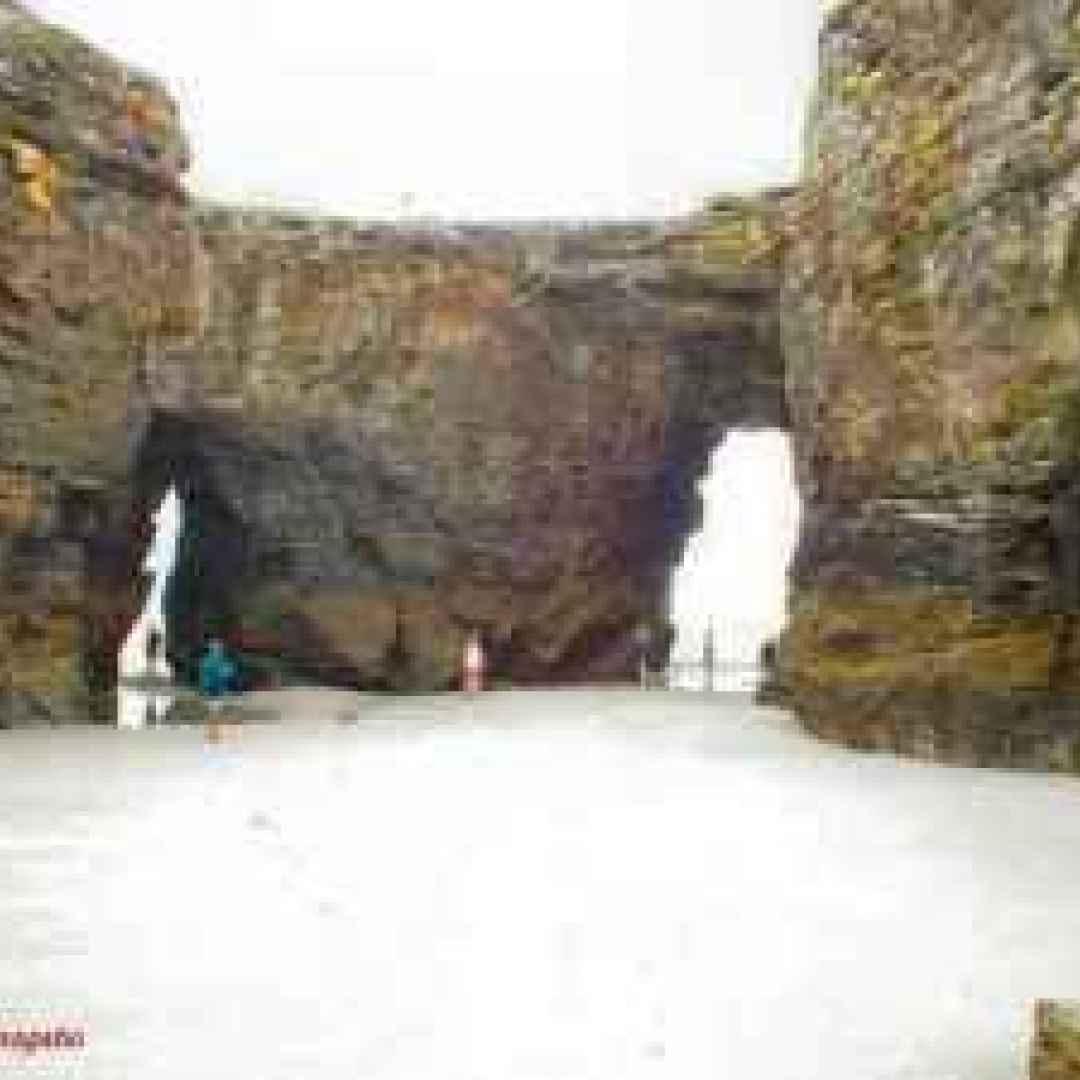 archi naturali  mare  praia das catedra
