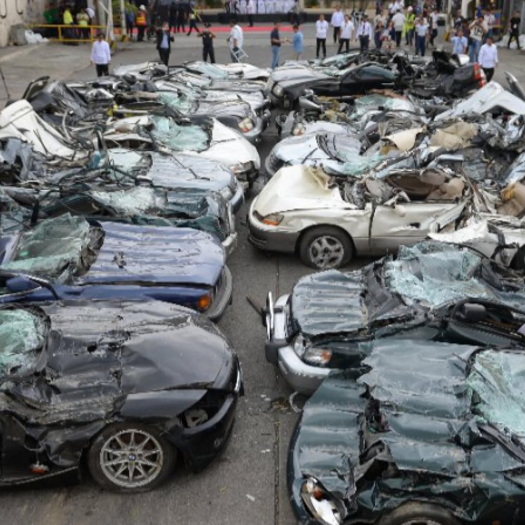 auto  demolite
