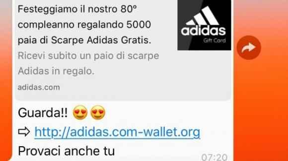 Truffa Ecco La Whatsapp Allarme Regalo Scarpe Adidas Delle In a5v6qH5w