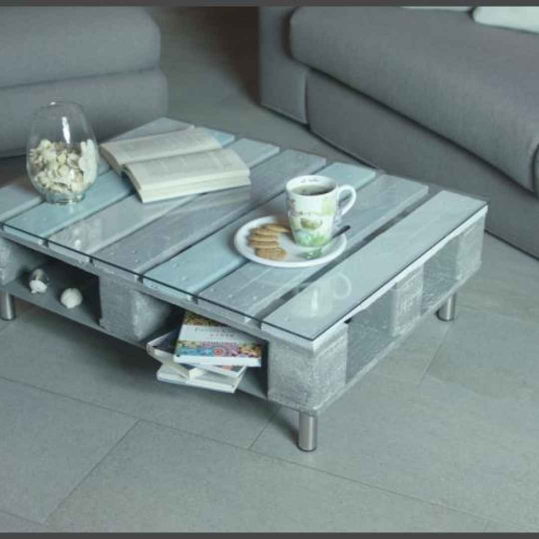 Come costruire un originale tavolino da salotto riciclando - Costruire tavolino ...